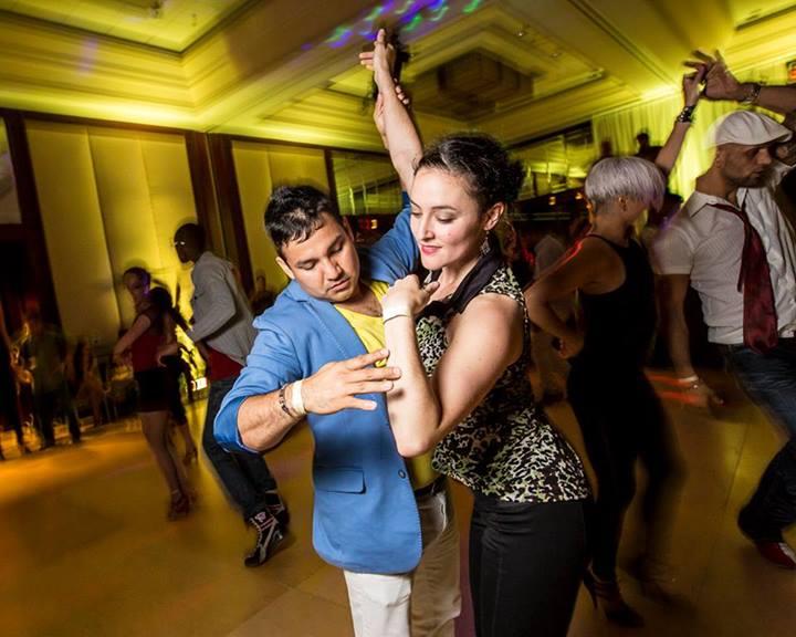 Jen Earls Salsa Dancing