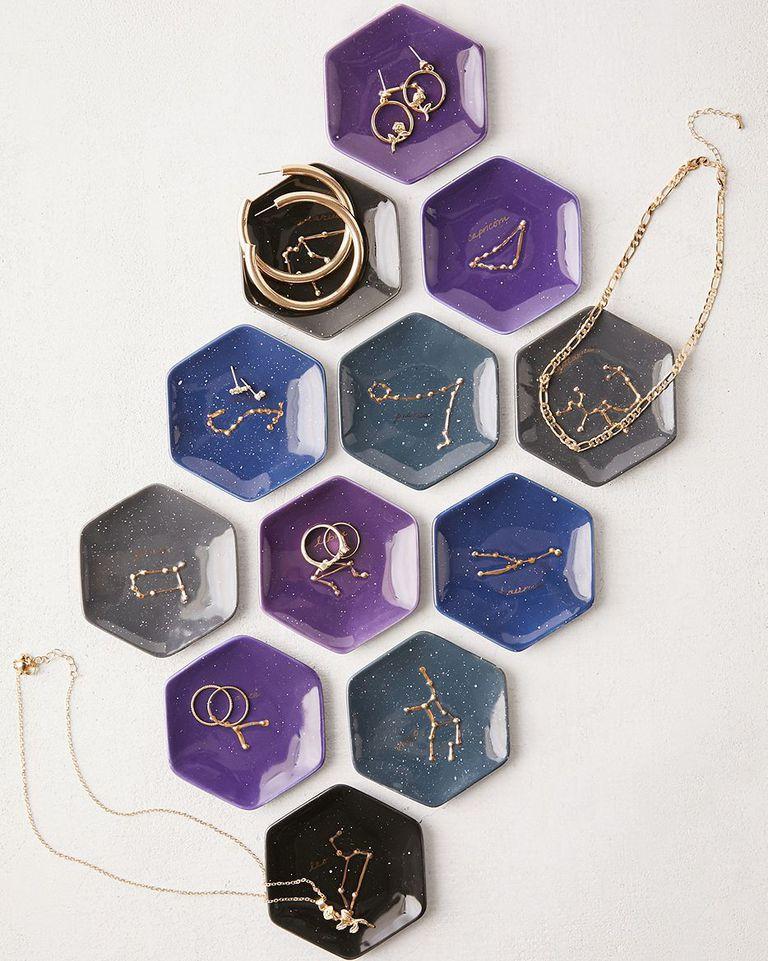 Zodiac-constallation-dishes-stocking-stuffers